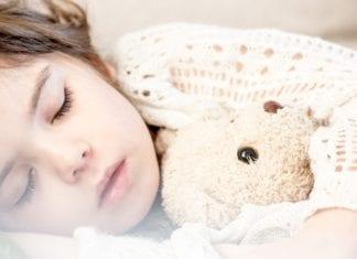 Kinderbett Mädchen