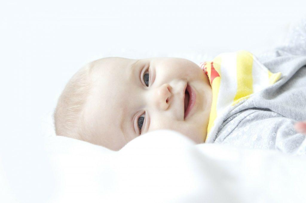 Baby Seitenlage