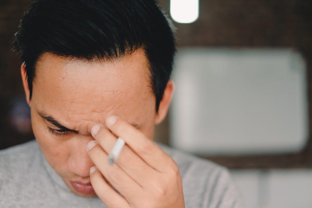 Akupressur gegen Kopfschmerzen