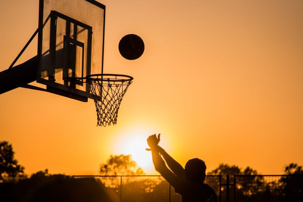 Schulterschmerzen - Basketball