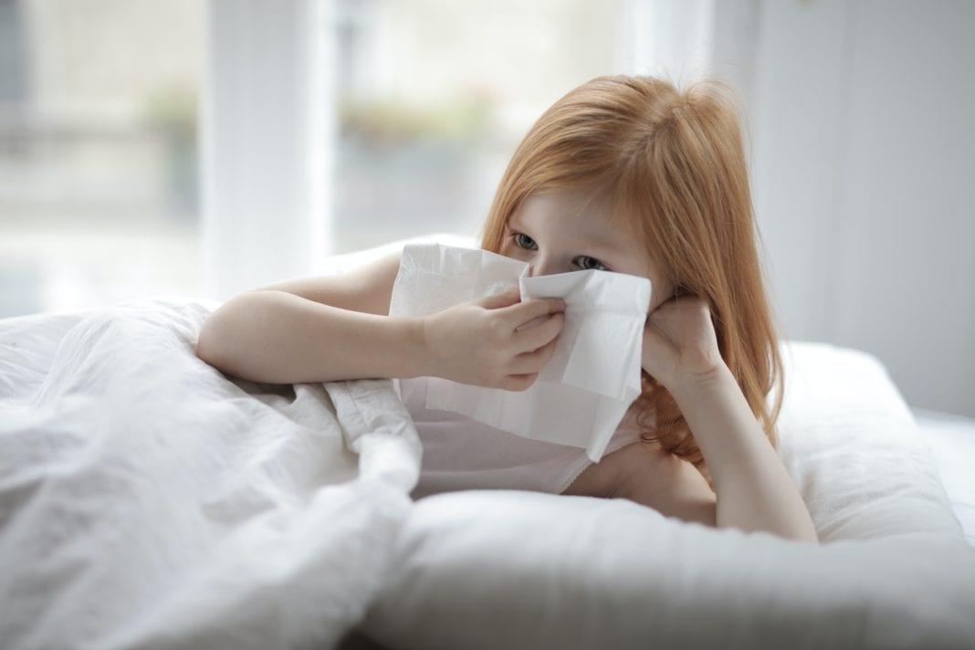 Kann man im Schlaf niesen