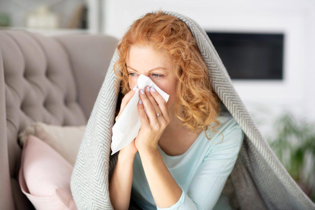 Hausstauballergie - Niesen
